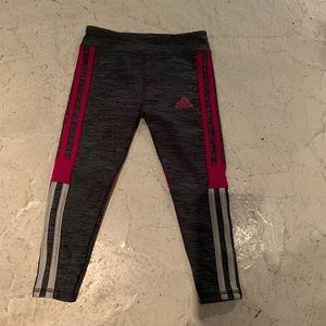 Girls ADIDAS gray burgundy leggings 4t cropped